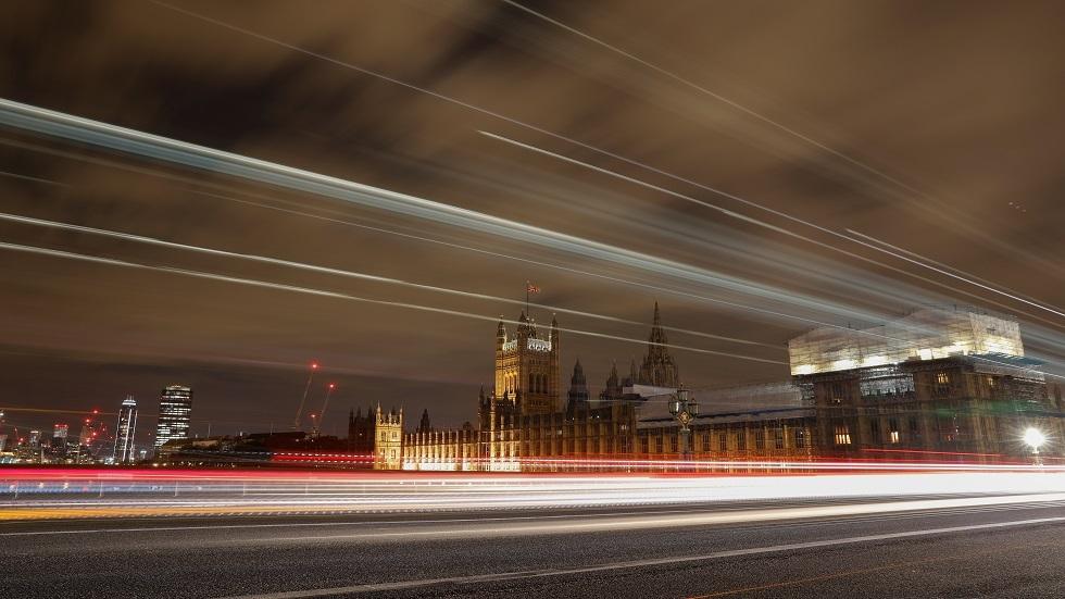 جونسون يدرس نقل مجلس اللوردات من لندن