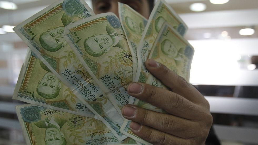 بعد المرسوم 4.. عودة اسم  الشوئسمو  بدلا عن الدولار خوفا من العقوبات في سوريا -