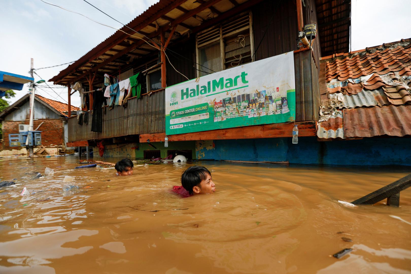 فيضانات إندونيسيا