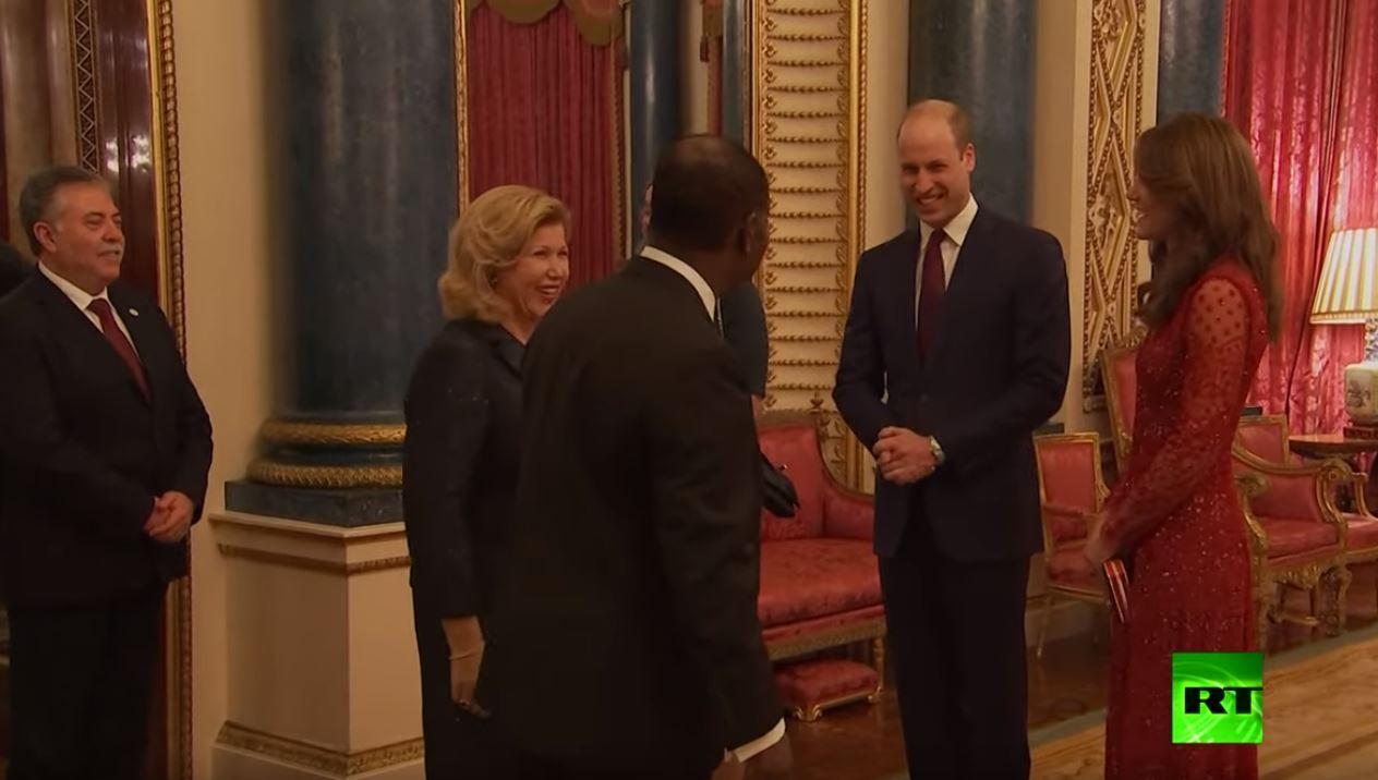 الأمير ويليام وزوجته كيت بفستان رائع يستقبلان قادة الدول الإفريقية في قصر باكنغهام
