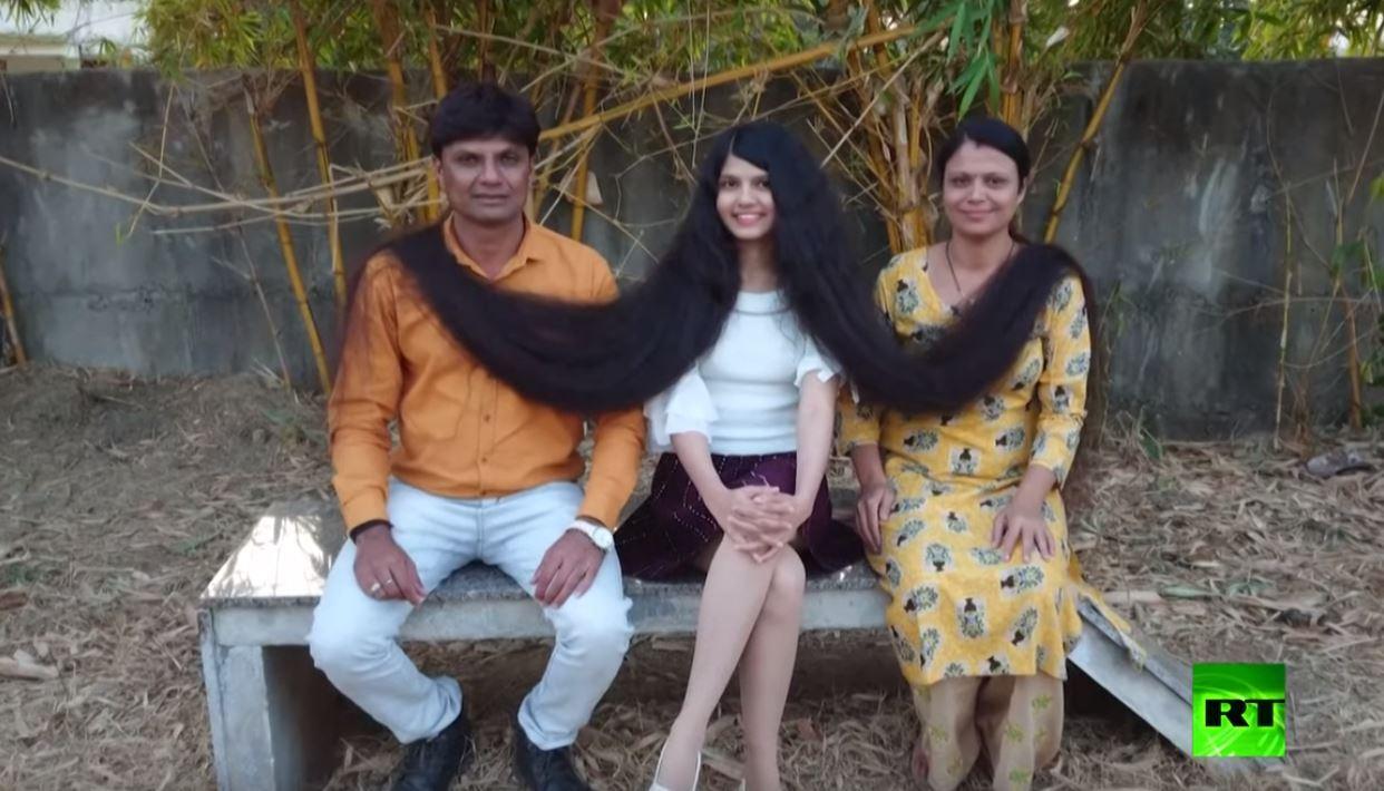 تعرف على صاحبة أطول شعر في العالم