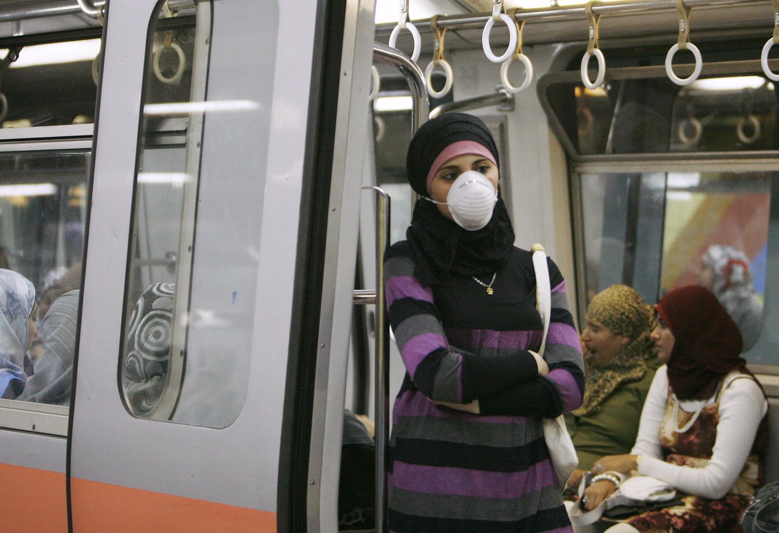 مصر تبدأ مكافحة الفيروس الغامض