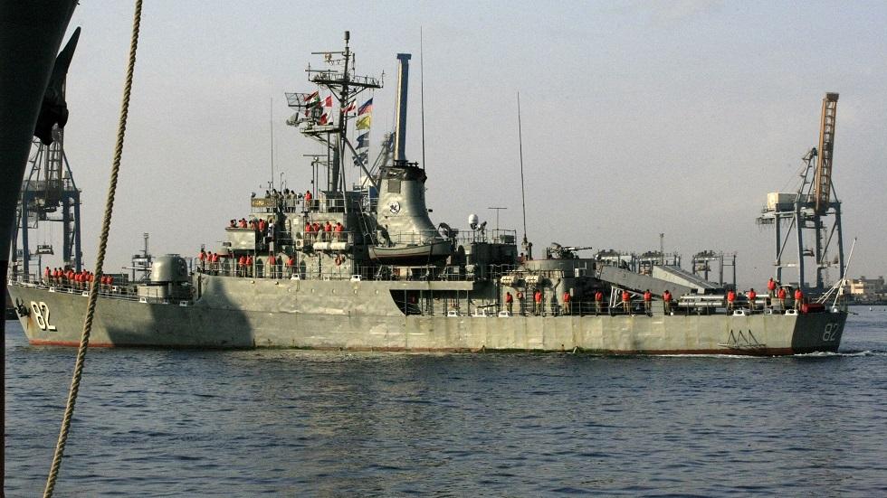 سفينة حربية تابعة للبحرية الإيرانية - أرشيف