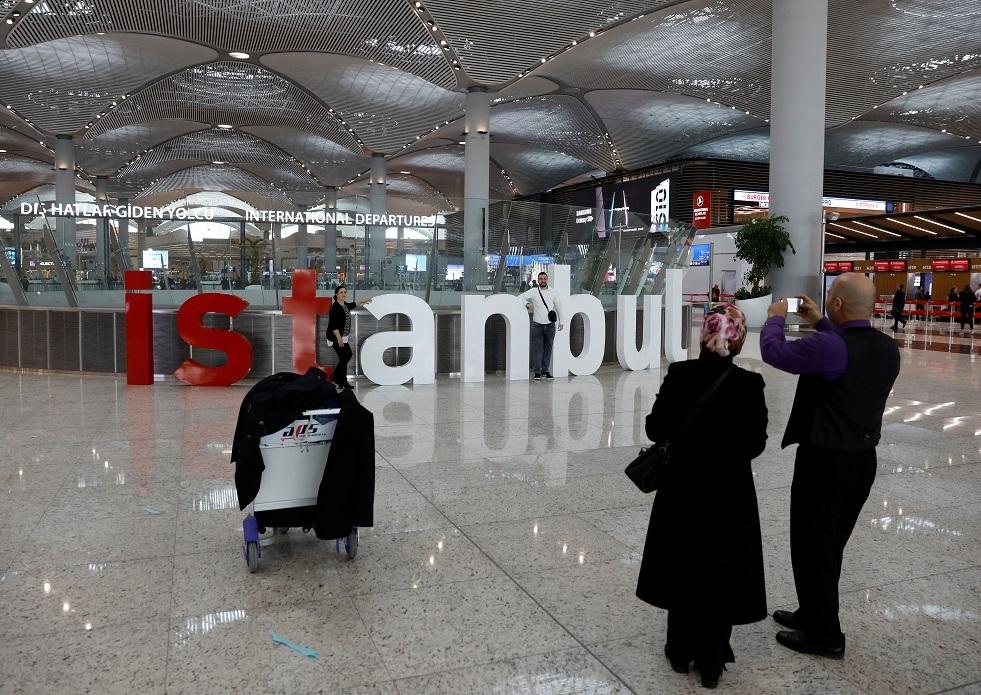 كم ينفق السائح في السوق الحرة بمطار اسطنبول