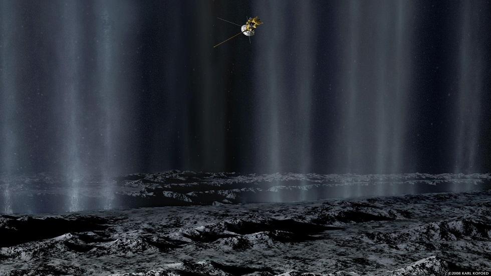 دليل على قمر زحل يشير إلى قابلية دعمه للحياة