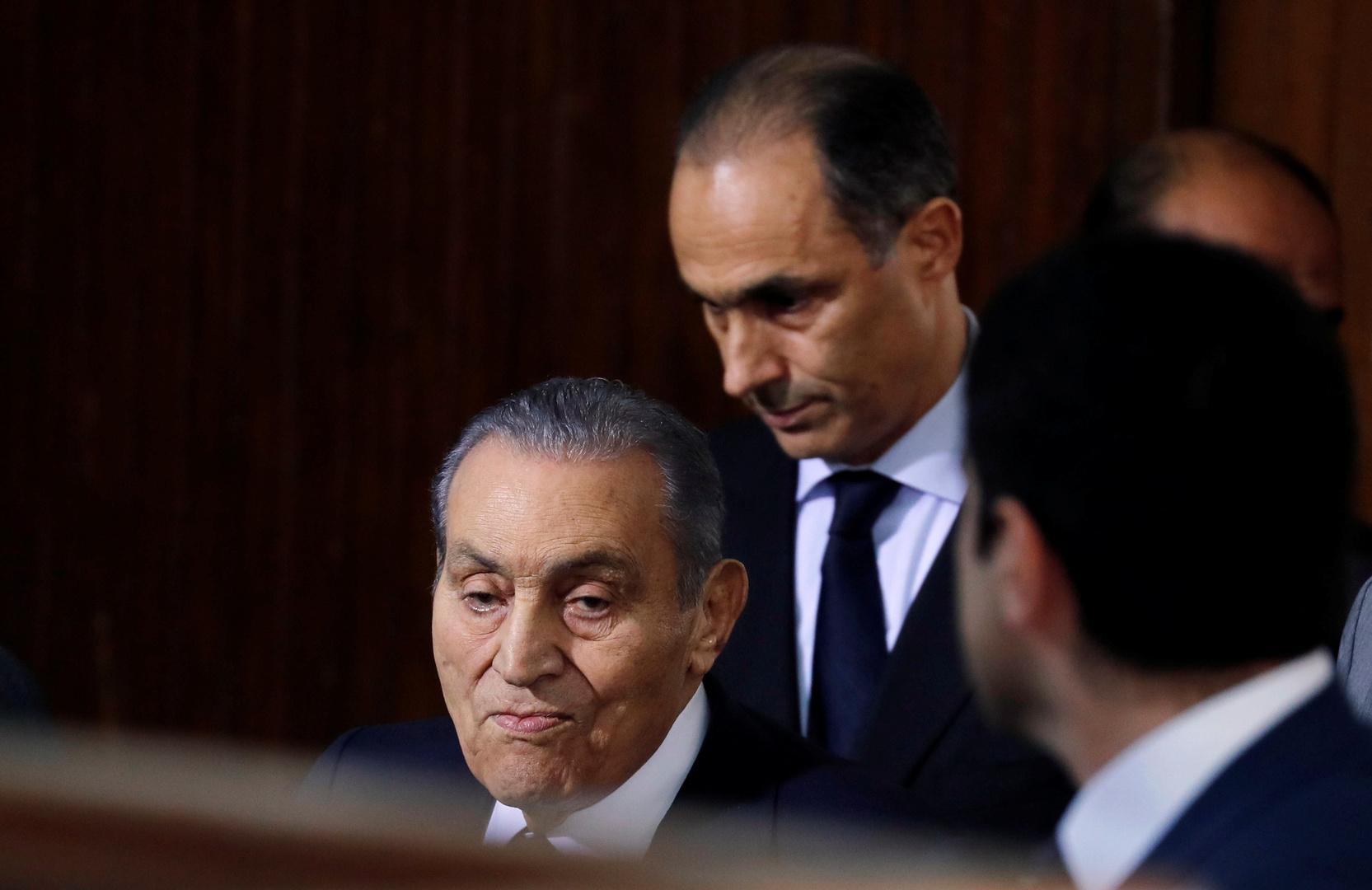 مصدر: مبارك خضع لعملية استئصال ورم في المعدة
