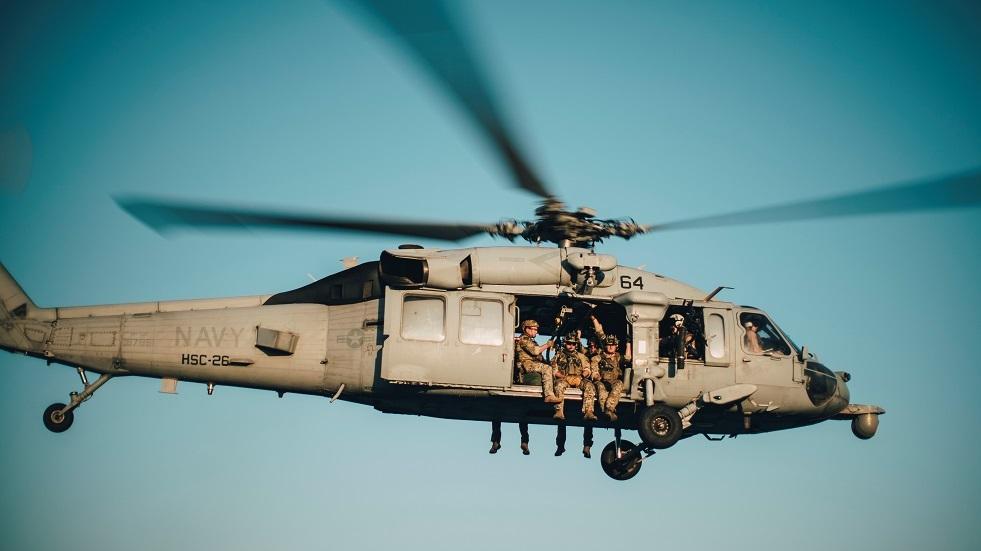 هليكوبتر أمريكية تهبط اضطراريا على المياه جنوب اليابان