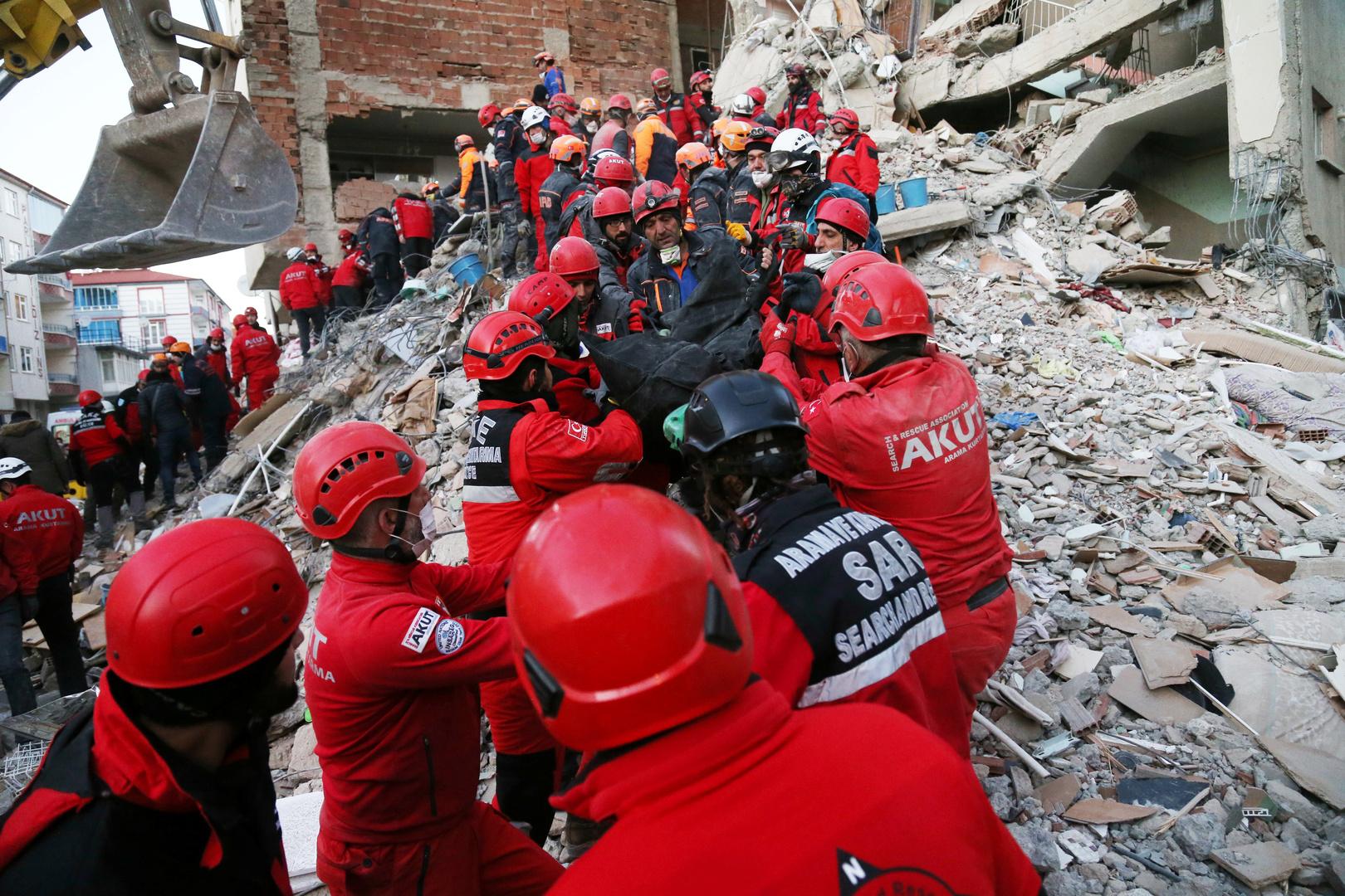 ارتفاع حصيلة قتلى الزلزال في تركيا إلى 29