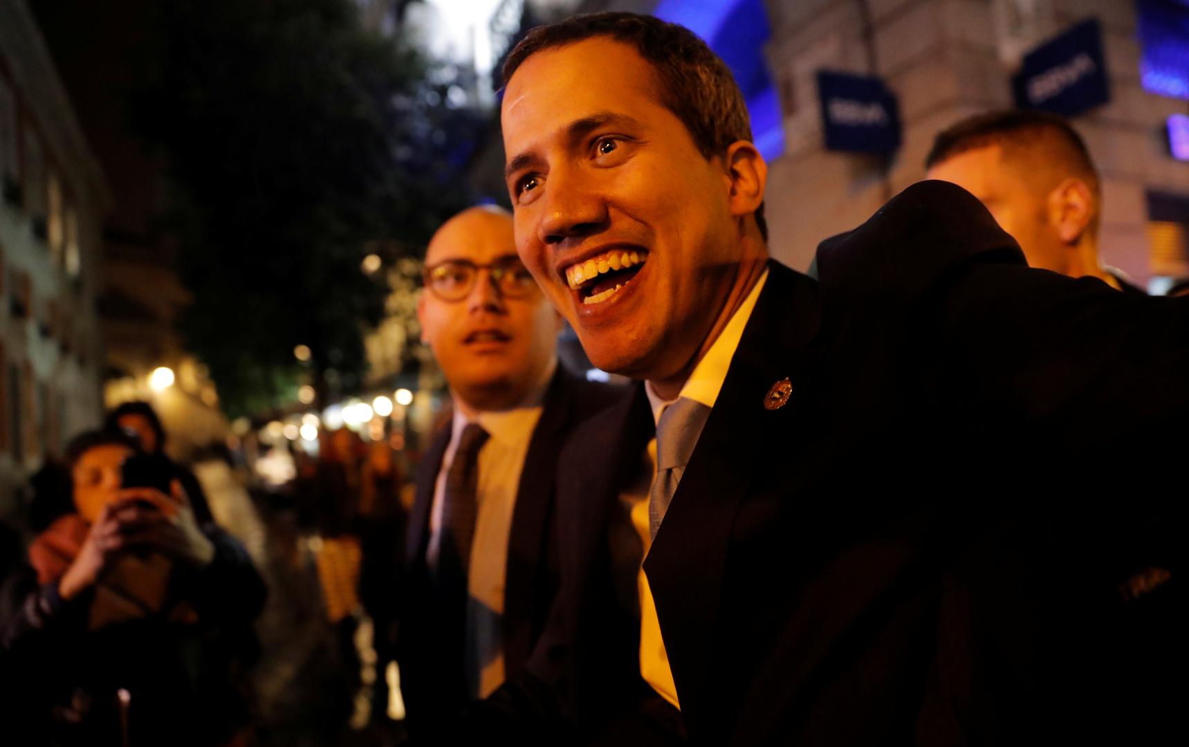 زعيم المعارضة الفنزويلية، خوان غوايدو، أثناء زيارته لمدريد