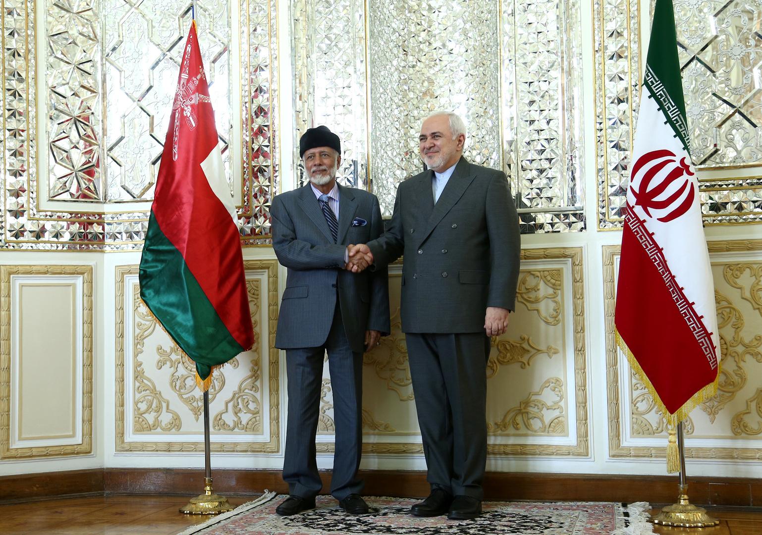 وزير خارجية عمان يبحث مع ظريف أمن الملاحة في هرمز