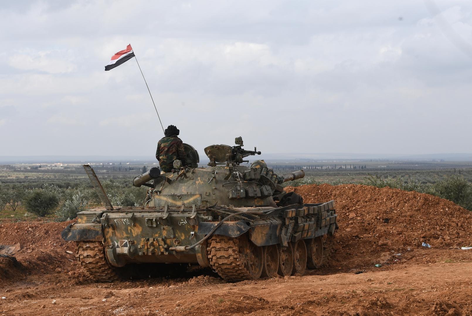 الجيش السوري يطوق أكبر معقل لـ