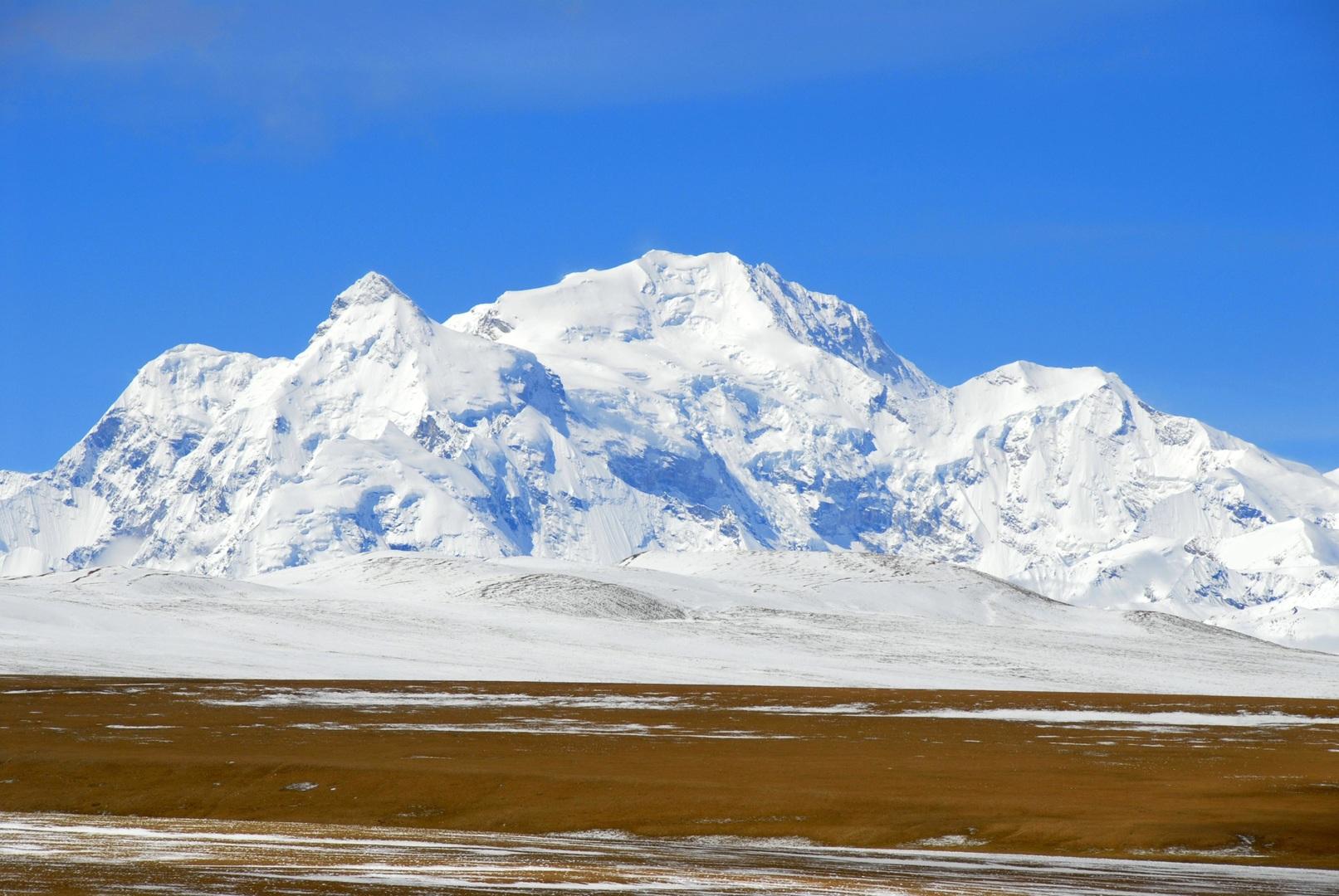 اكتشاف فيروسات عمرها 15 ألف سنة في جليد التبت