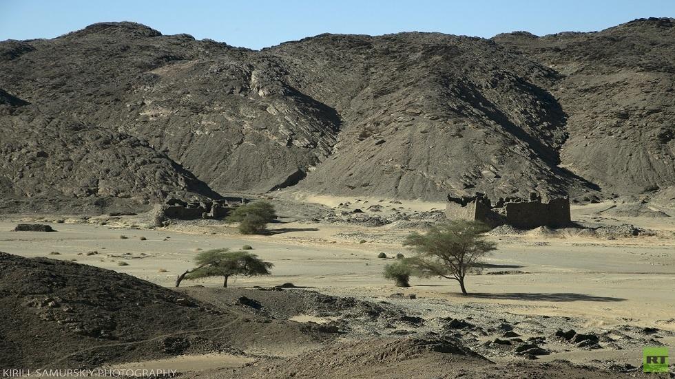 علماء الآثار الروس يدرسون موقع دراهيب الأثري السوداني