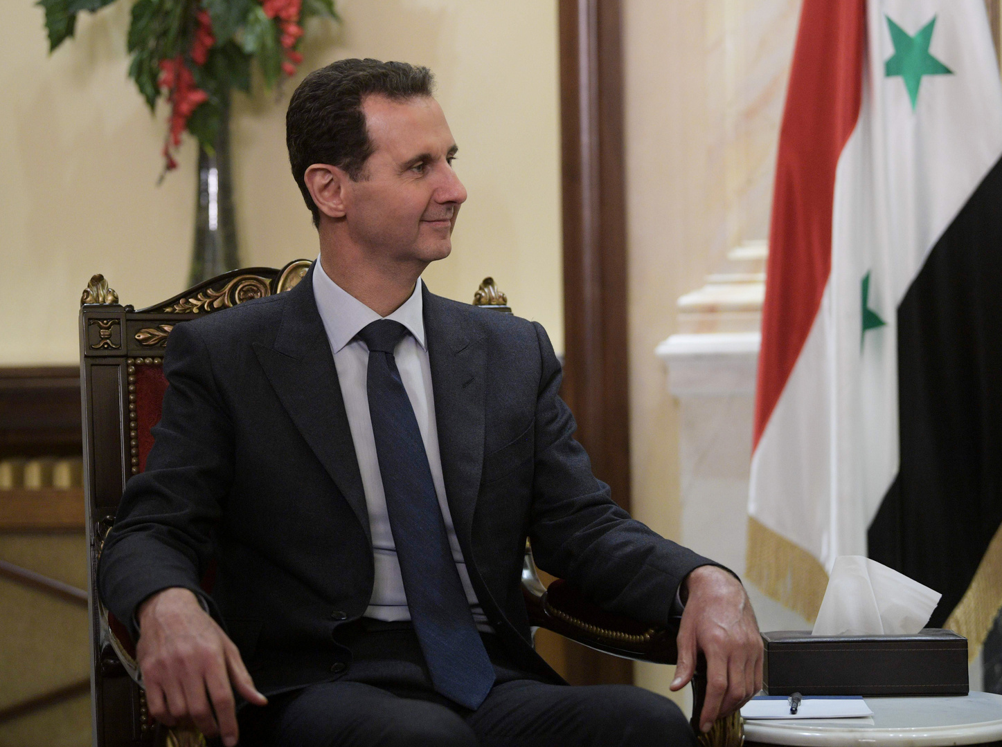 سوريا... الأسد يبحث قانون