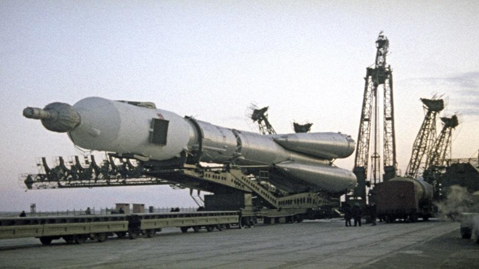 روسيا تختبر أجزاء صواريخ