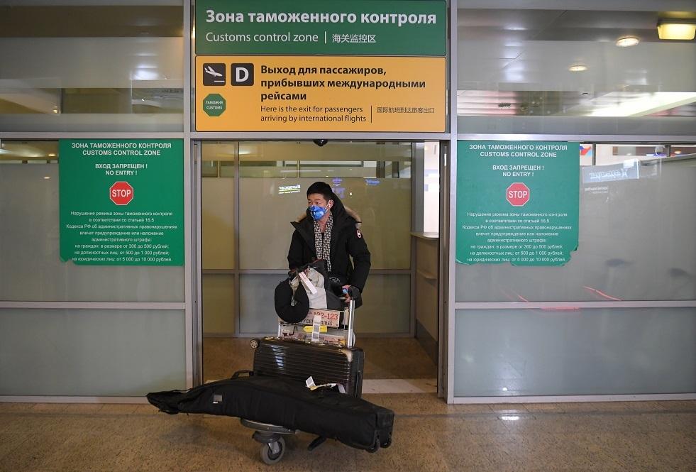 تدابير مشددة في مطارات موسكو لمواجهة جائحة كورونا