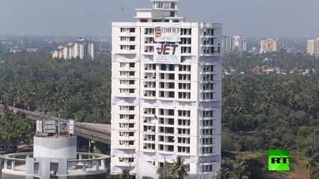 تفجير ضخم لمبان سكنية فاخرة في الهند