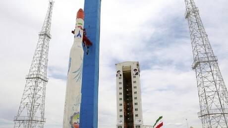 بعد محاولتين فاشلتين.. إيران تستعد لإطلاق قمرين صناعيين إلى الفضاء