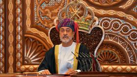 سلطان عمان يشكر الرئيس السوري على تعازيه في وفاة السلطان قابوس