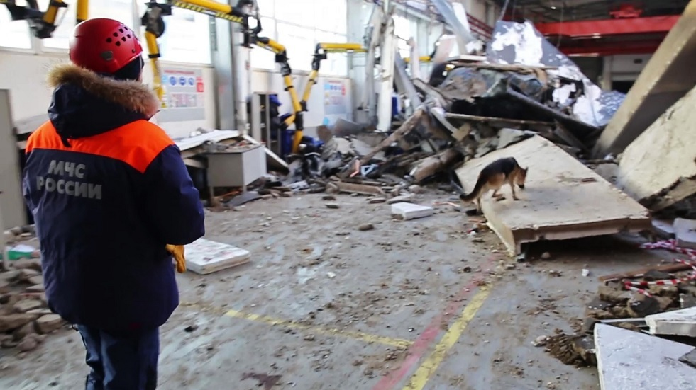 مقتل شخص وإصابة 4 آخرين بانهيار سقف مقهى في روسيا
