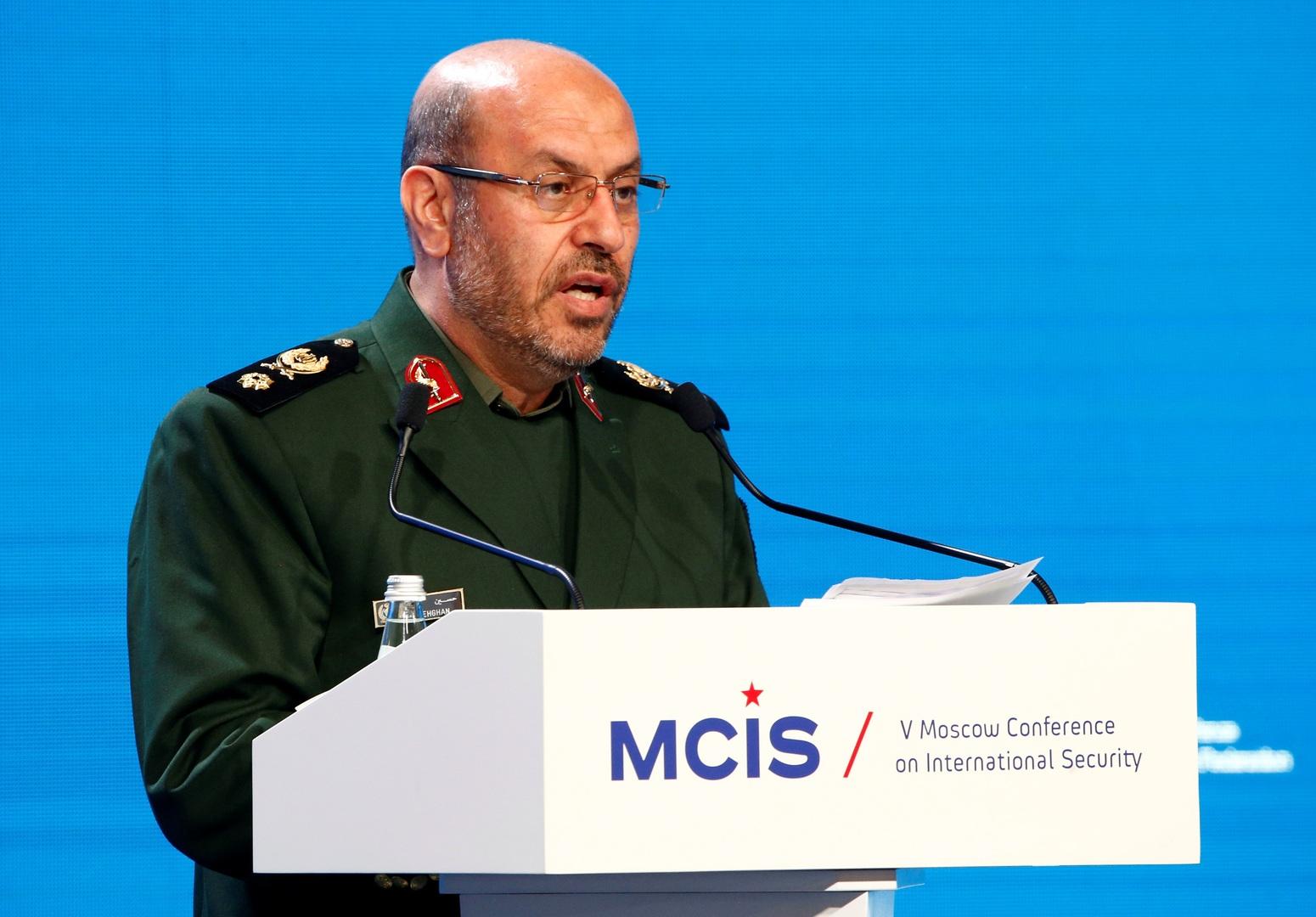 اللواء حسين دهقان مستشار المرشد الإيراني علي خامنئي للشؤون الدفاعية