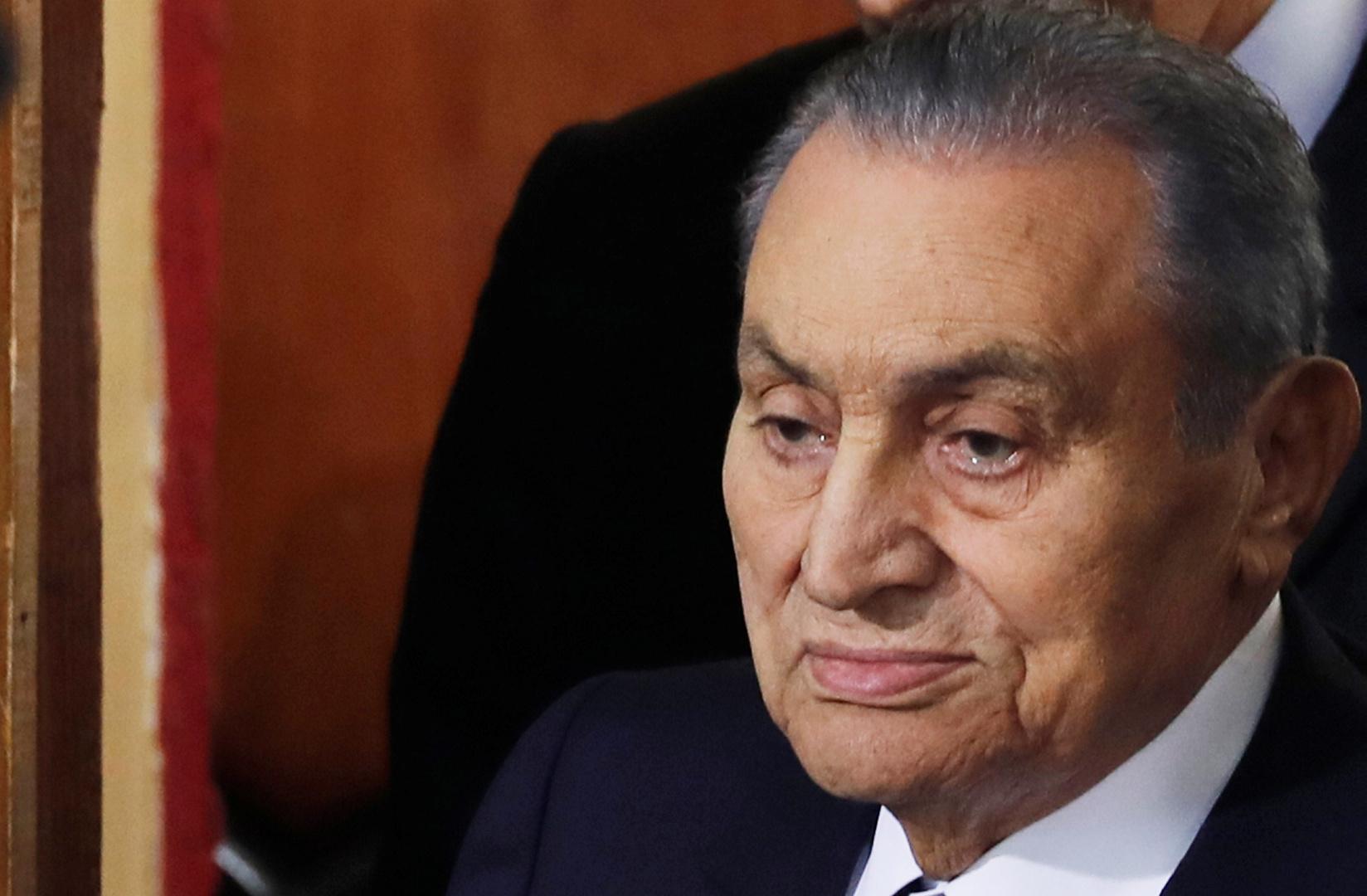 نشر  آخر صورة للرئيس المصري الأسبق حسني مبارك بعد أزمته الصحية
