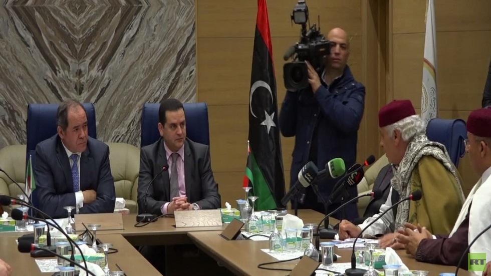 الجزائر تدعو إلى ملتقى حواري للأطراف الليبية