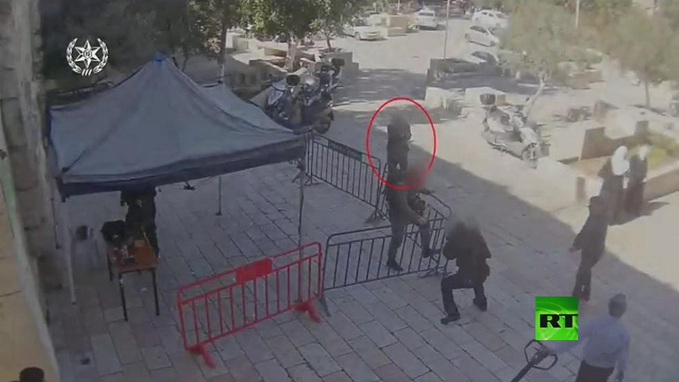 لحظة إطلاق النار على الجنود الإسرائيليين في القدس