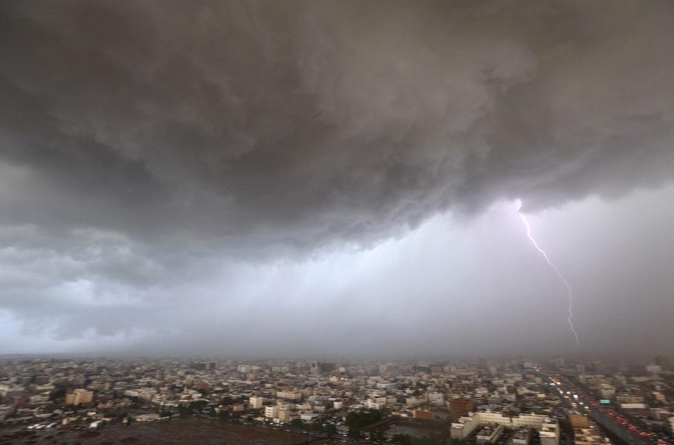 موجة قطبية قارسة تضرب دول الشرق الأوسط تهدد حياة الأشخاص