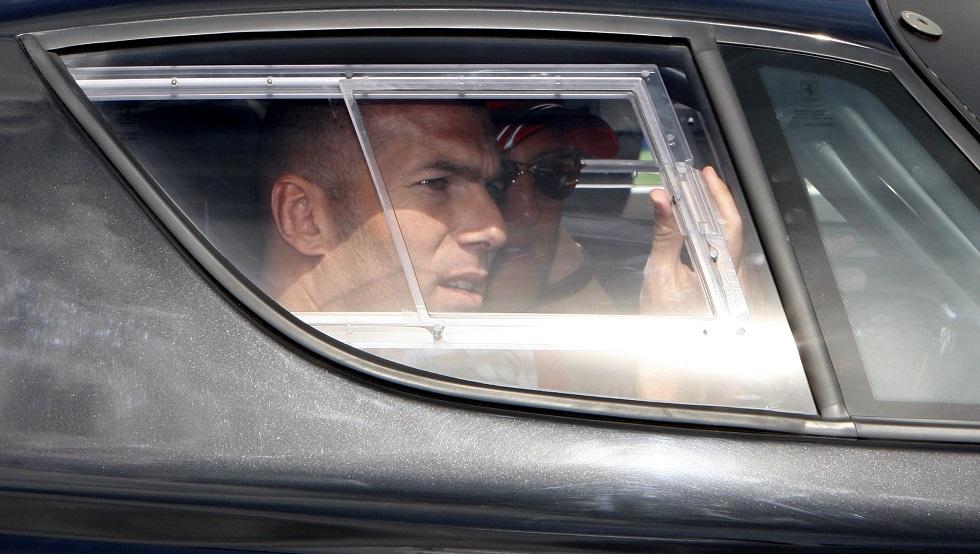 زيدان يتعرض لحادث سير أثناء ذهابه إلى مقر تدريبات ريال مدريد (صورة)