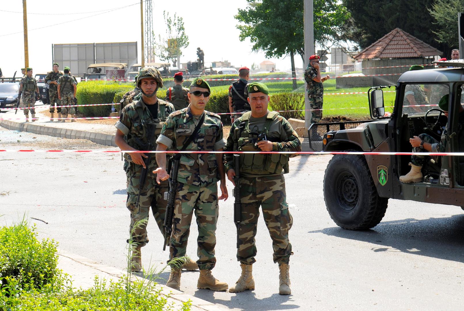 لبنان.. مقتل اثنين من العسكريين خلال ملاحقة عصابة سرقة سيارات