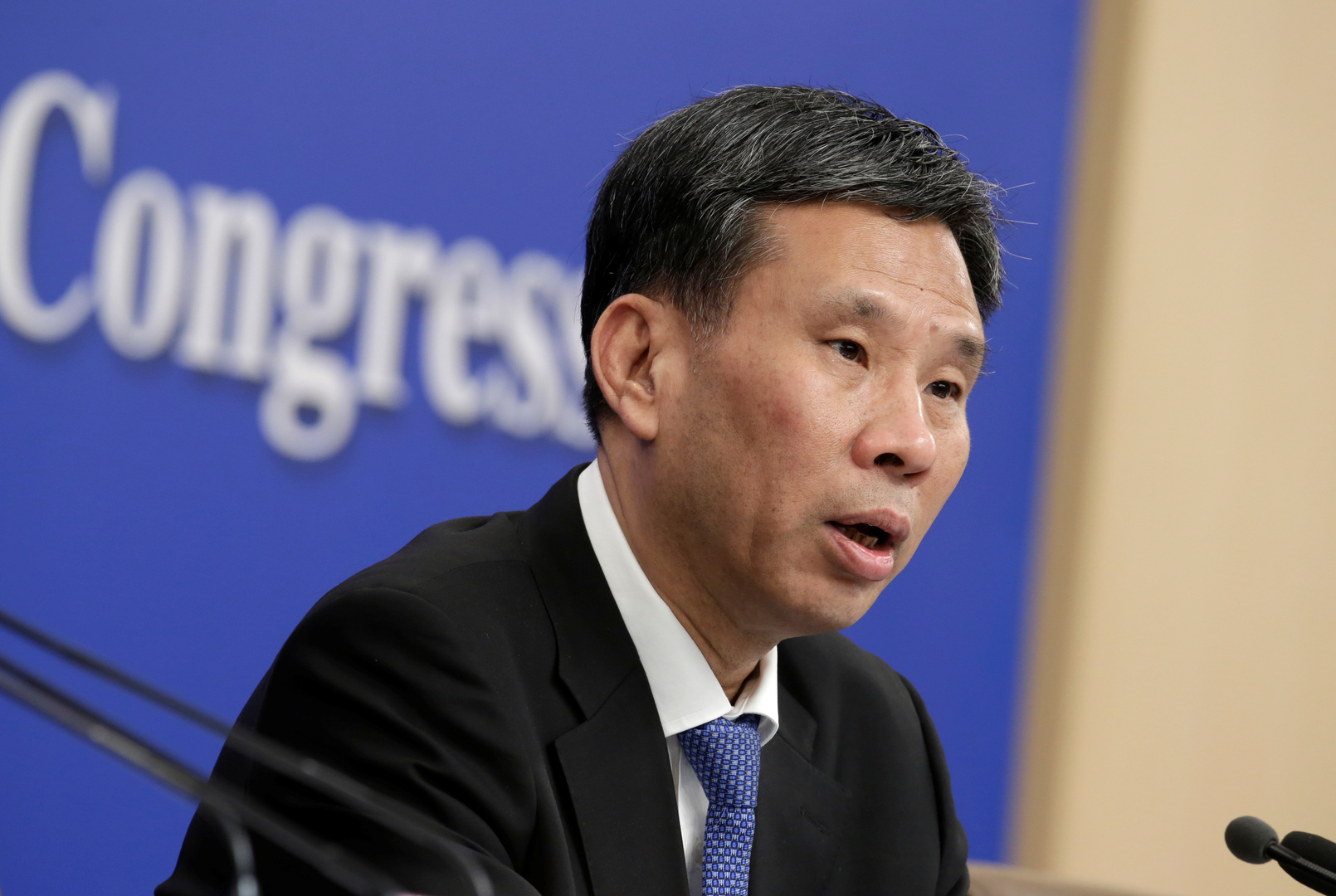 الصين تخصص 10 مليارات دولار لمكافحة