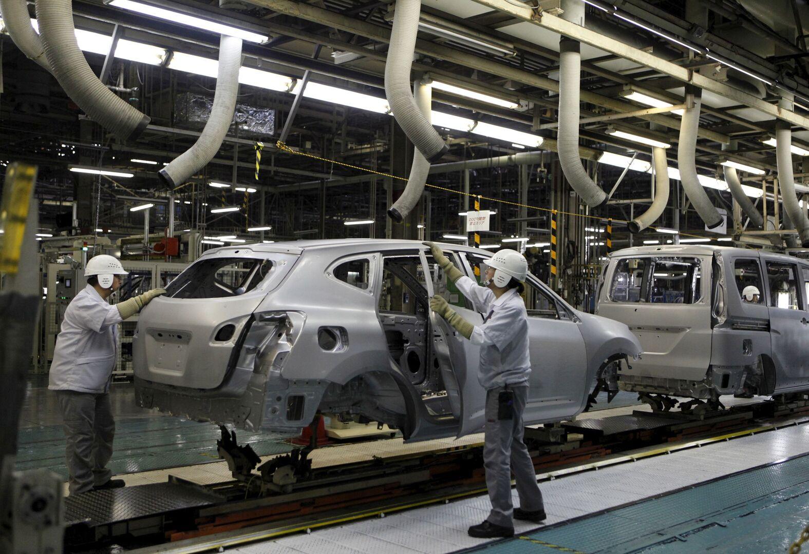 مصنع سيارات نيسان