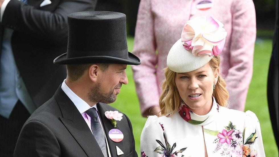 حفيد ملكة بريطانيا يعلن طلاقه