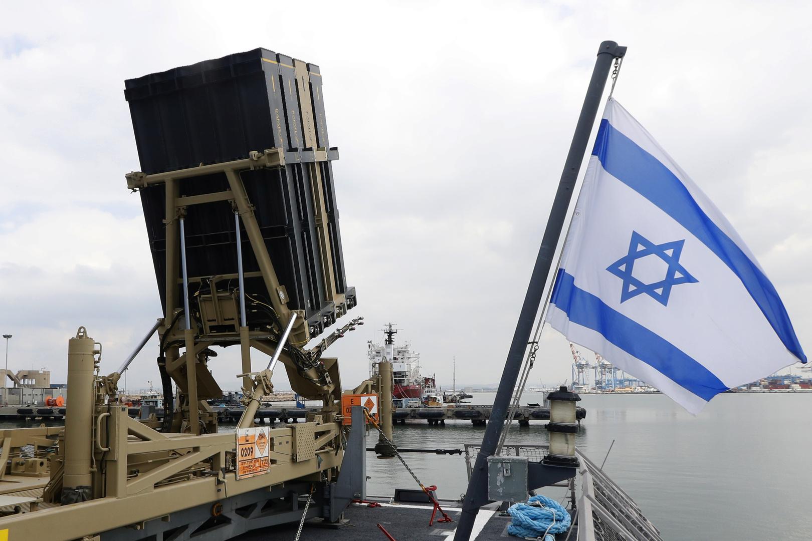 الجيش الإسرائيلي يحاكي حربا بحرية مع