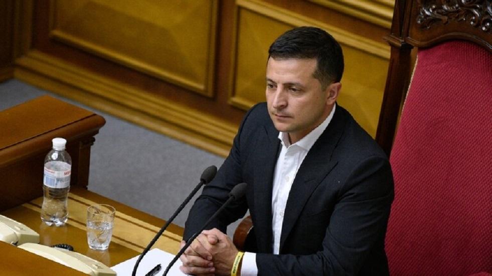 زيلينسكي يدعو لجمع التبرعات لإعادة إعمار دونباس