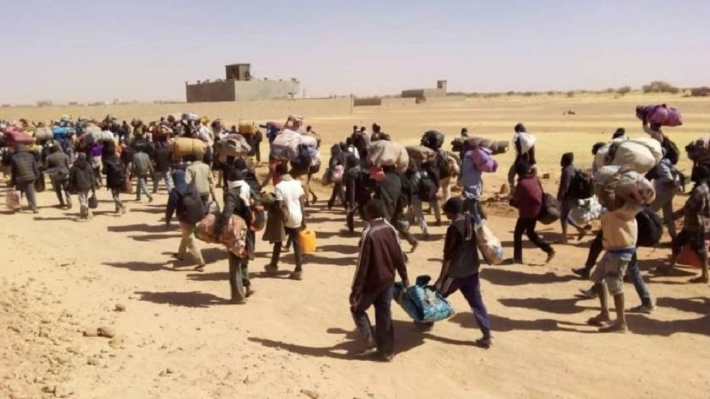 مقتل 23 لاجئا على الأقل في تدافع على مساعدات بالنيجر