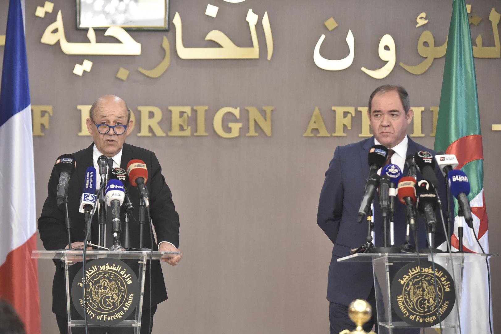 وزير خارجية الجزائر صبري بوقدوم يجري مباحثات في العاصمة الليبية