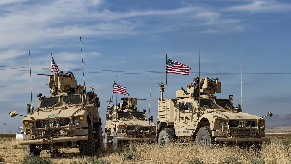 الدفاع الروسية: الجيش الأمريكي أرسل أكثر من 300 شاحنة بالأسلحة إلى شمال سوريا