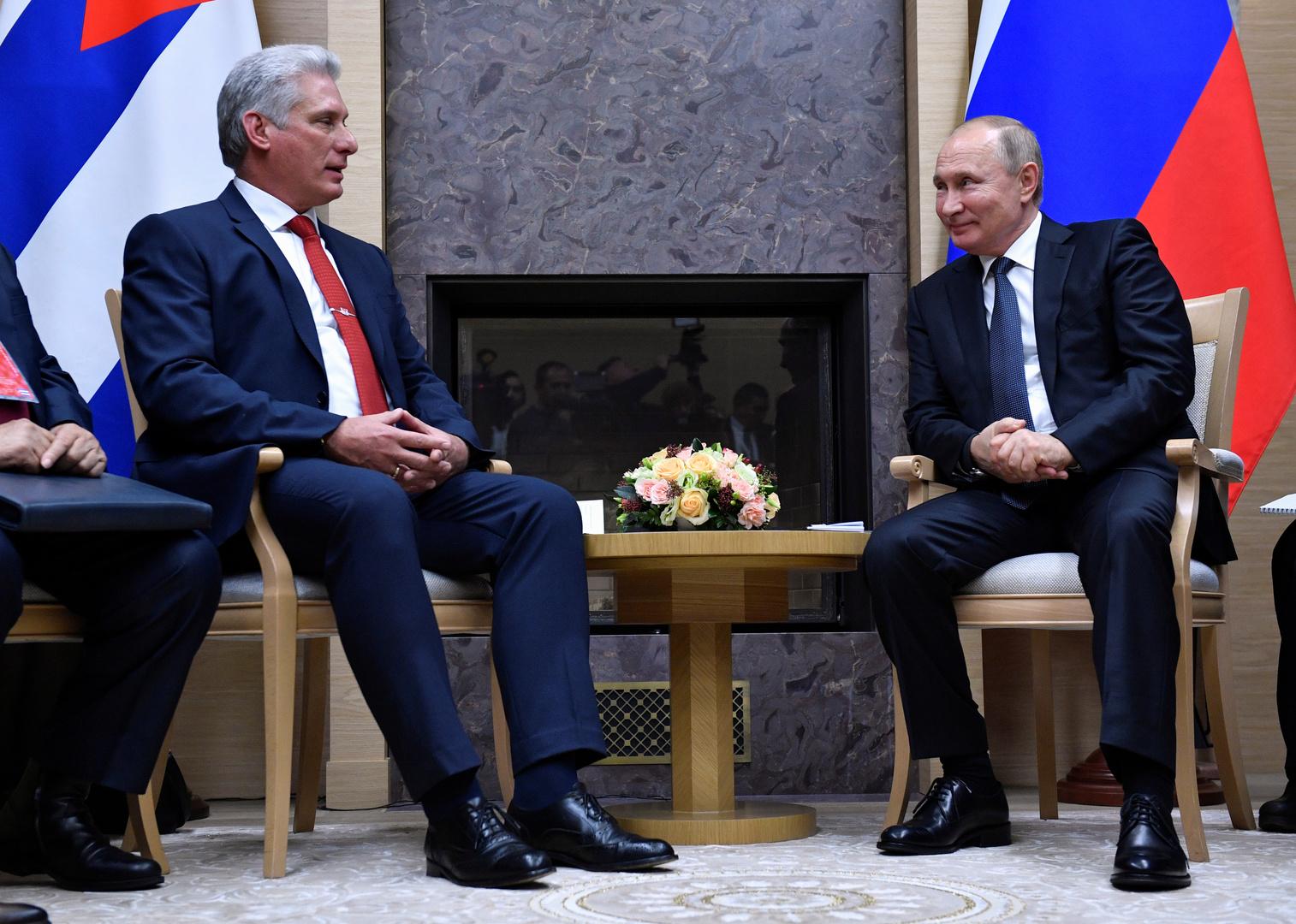 كوبا تستعد لرفع العلم الروسي من جديد
