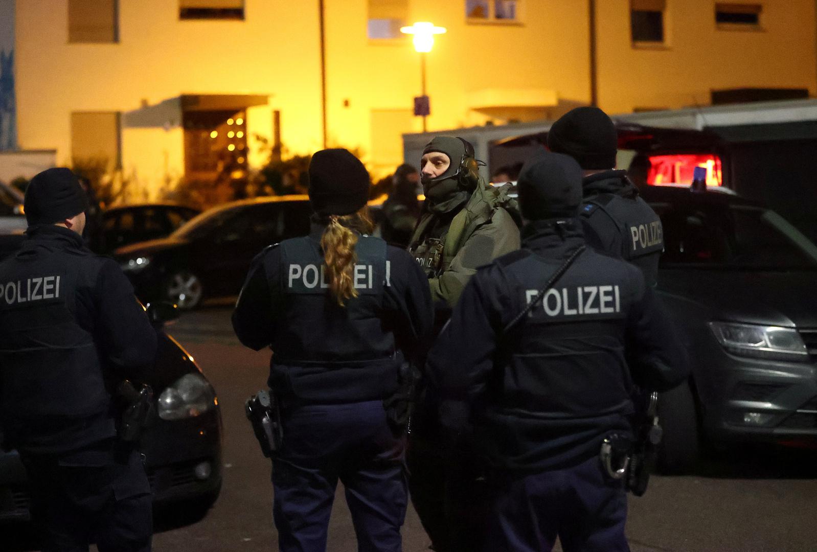 العثور على المشتبه فيه بتنفيذ الهجوم المسلح غربي ألمانيا ميتا في منزله