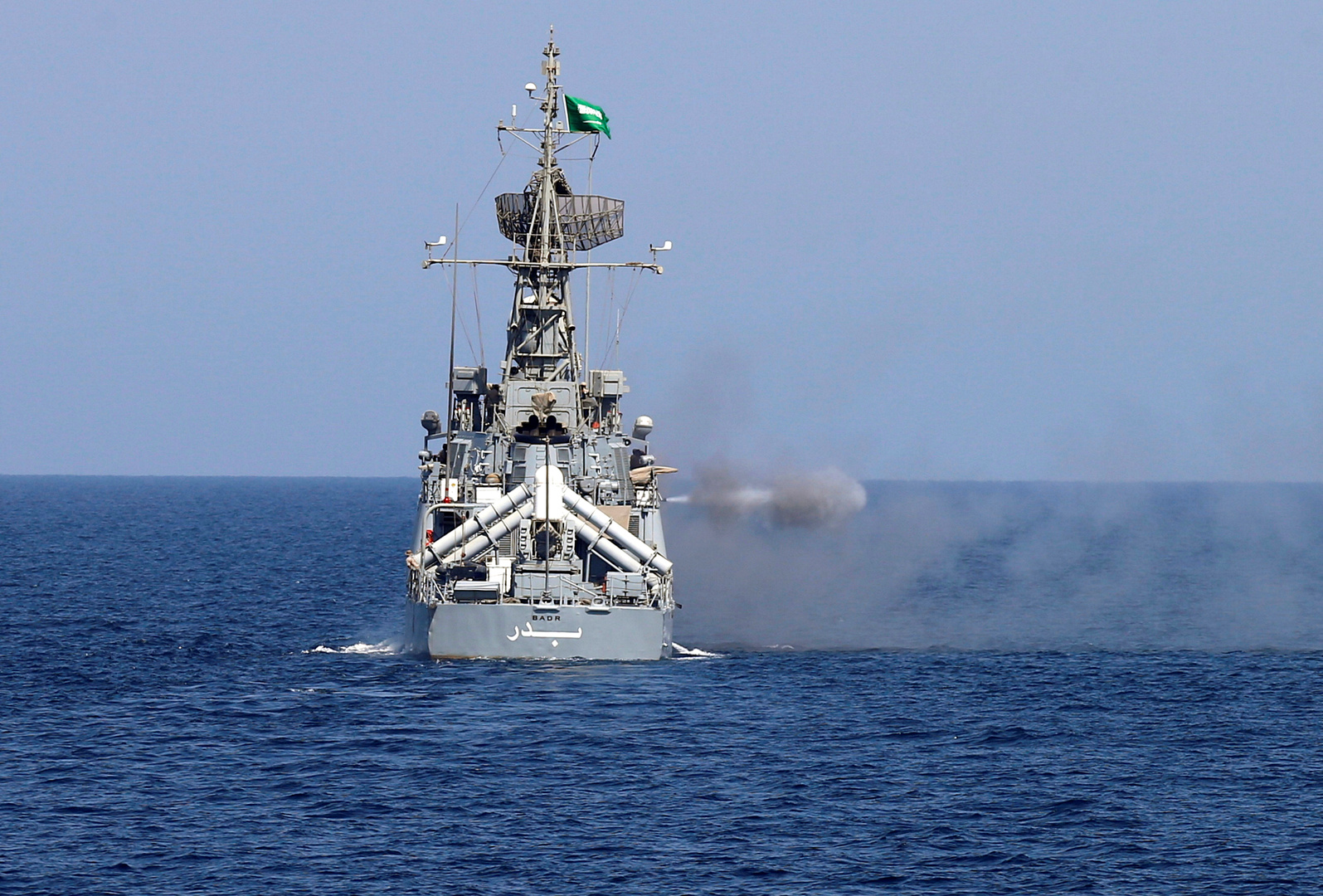 مناورات بحرية أمريكية - سعودية في مياه الخليج