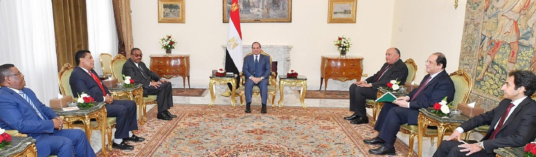 السيسي يؤكد التزام مصر بإنجاح مفاوضات واشنطنحول