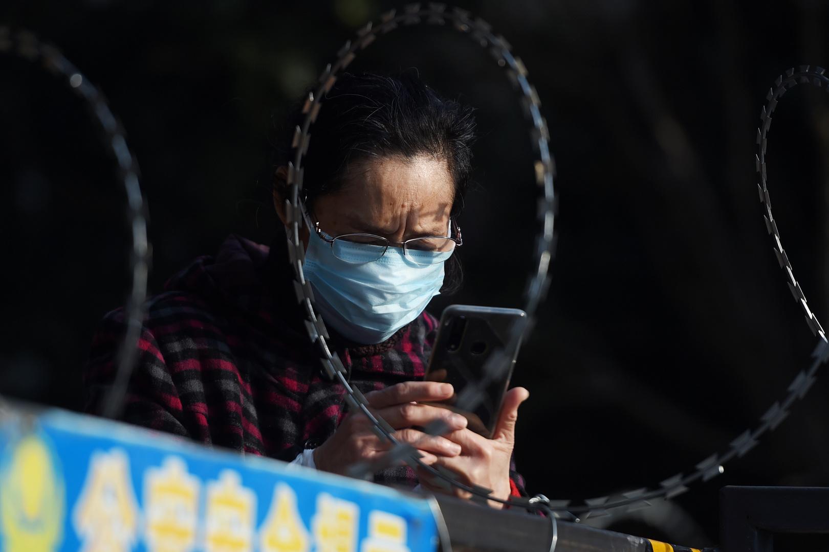 الصين تسجل انخفاضا حادا بعدد الإصابات الجديدة بـ