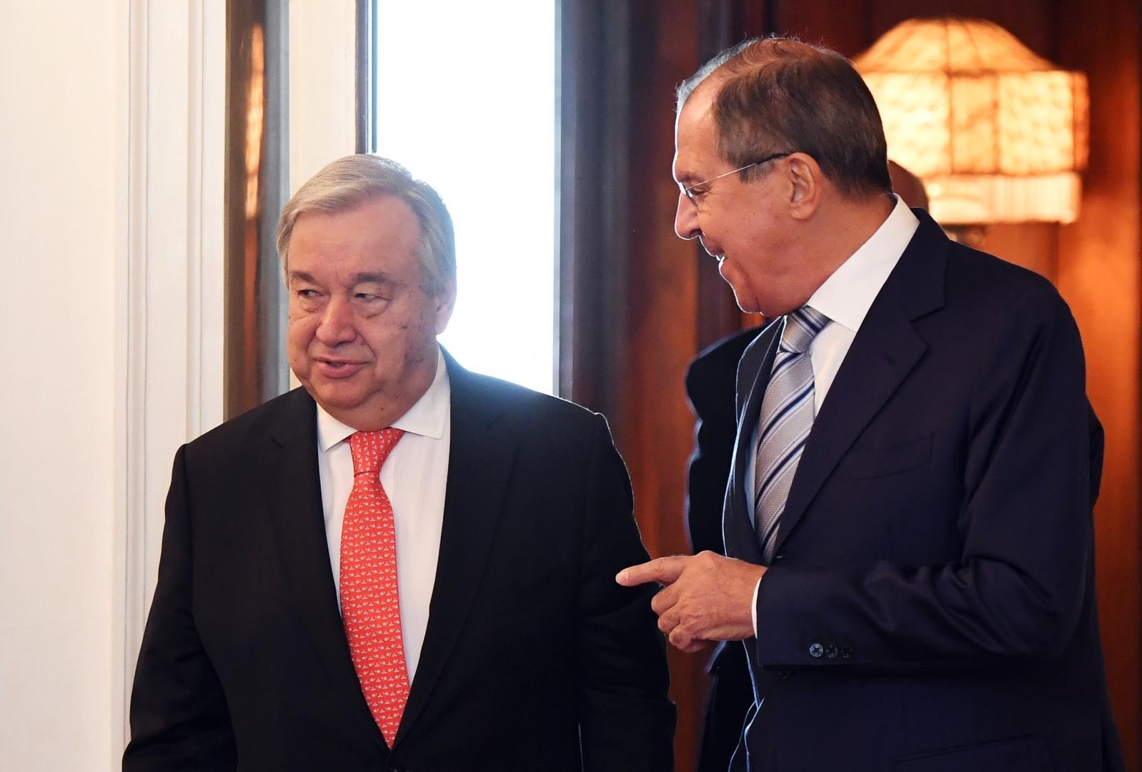 وزير الخارجية الروسي، سيرغي لافروف، والأمين العام للأمم المتحدة، أنطونيو غوتيريش - أرشيف
