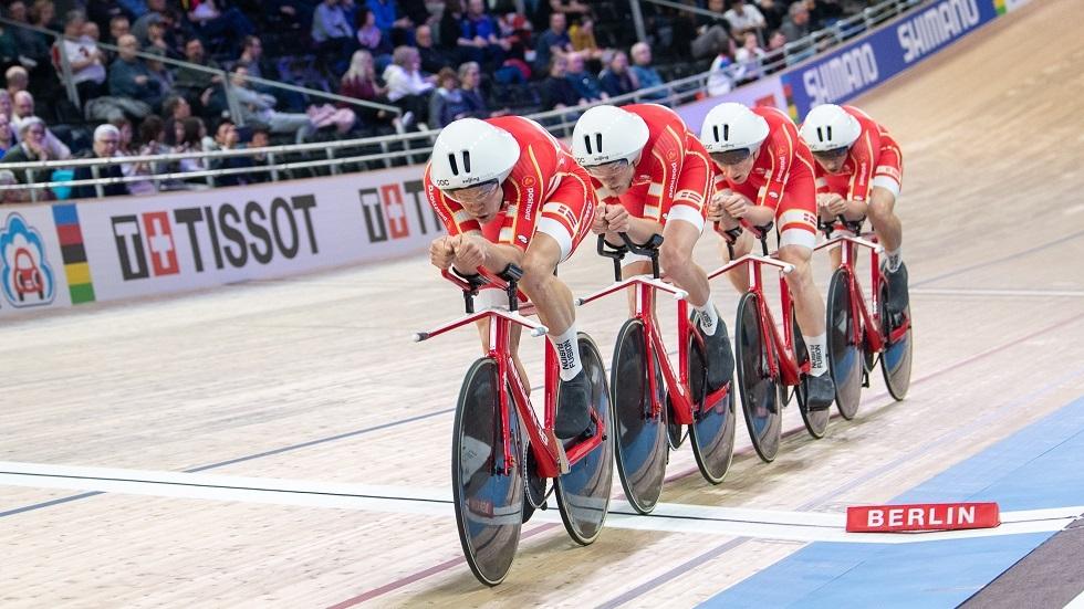 الدنمارك تحطم الرقم القياسي لسباق المطاردة للفرق في بطولة العالم للدراجات الهوائية
