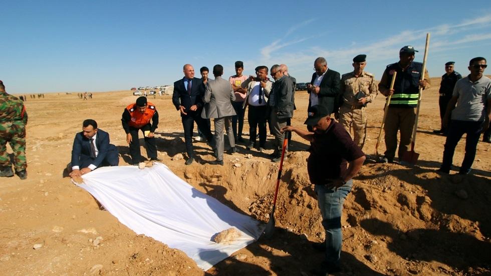 مقبرة جماعية لضحايا داعش في العراق - أرشيف