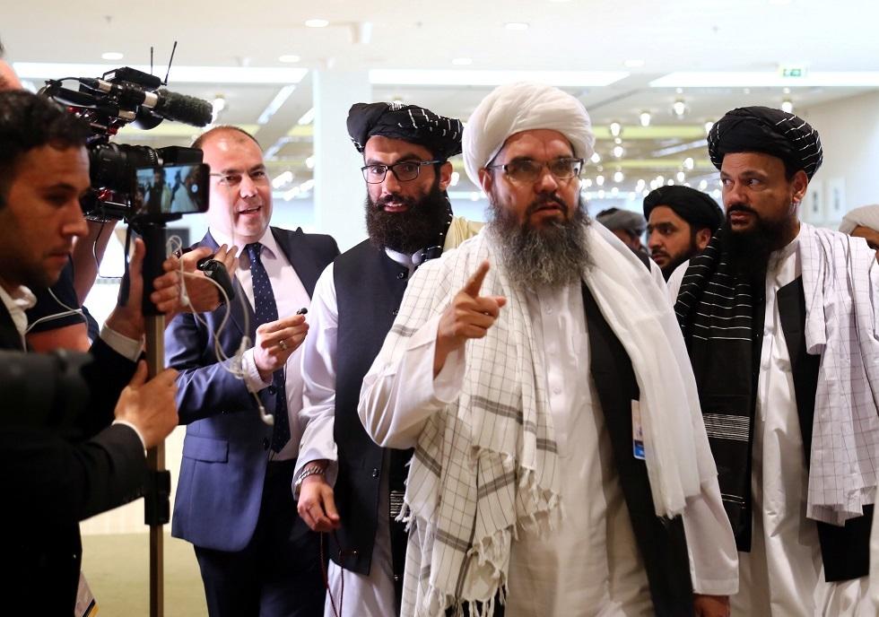 أعضاء من حركة طالبان قبل توقيع اتفاق انسحاب القوات الأمريكية