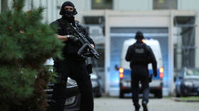 مقتل 8 أشخاص على الأقل في حادثتي إطلاق نار قرب مدينة فرانكفورت الألمانية