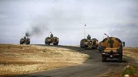 سي ان ان تورك: المدفعية التركية تقصف مواقع للجيش السوري تمهيدا لتقدم دبابات تركية في إدلب